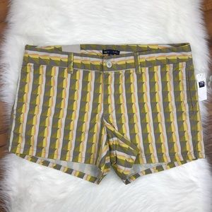 Gap Hadley Yellow Gray Triangle Printed Shorts